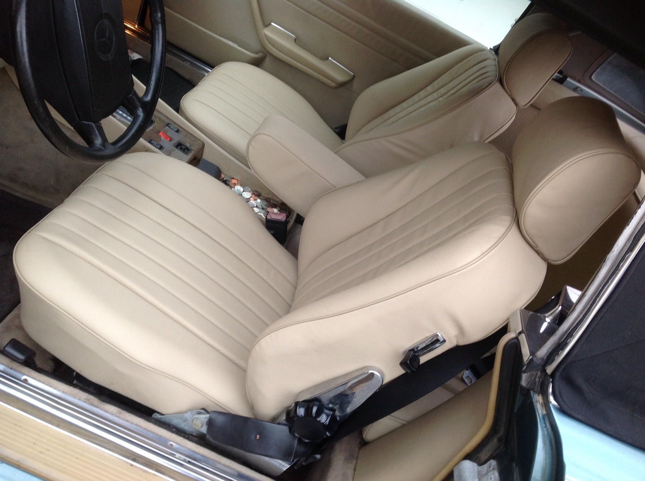 Mercedrs Benz seat