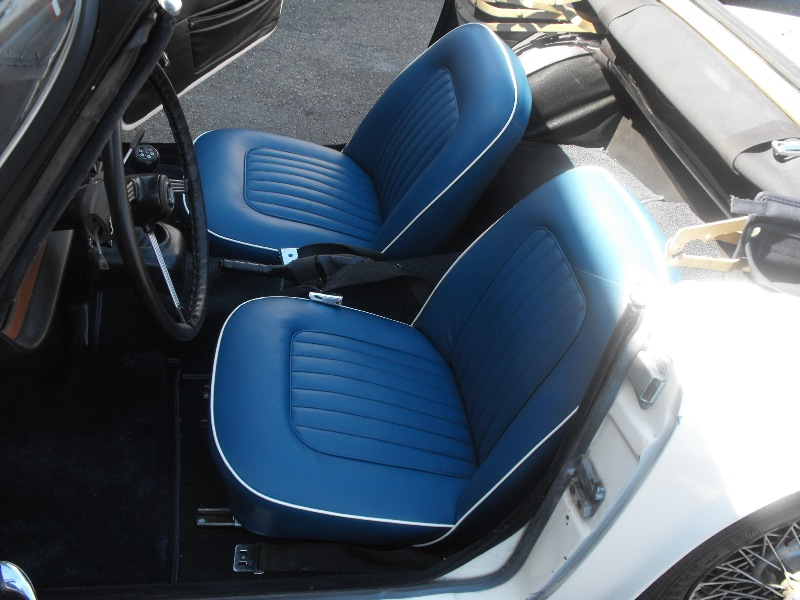 Truimp Seat